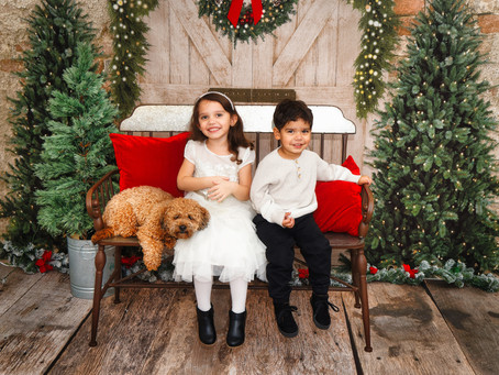 Getting Ready for Christmas Mini-Sessions