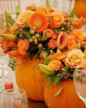 centrotavola-fiori-halloween-zucca.jpg