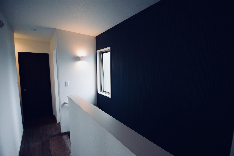 T様邸 階段室-2