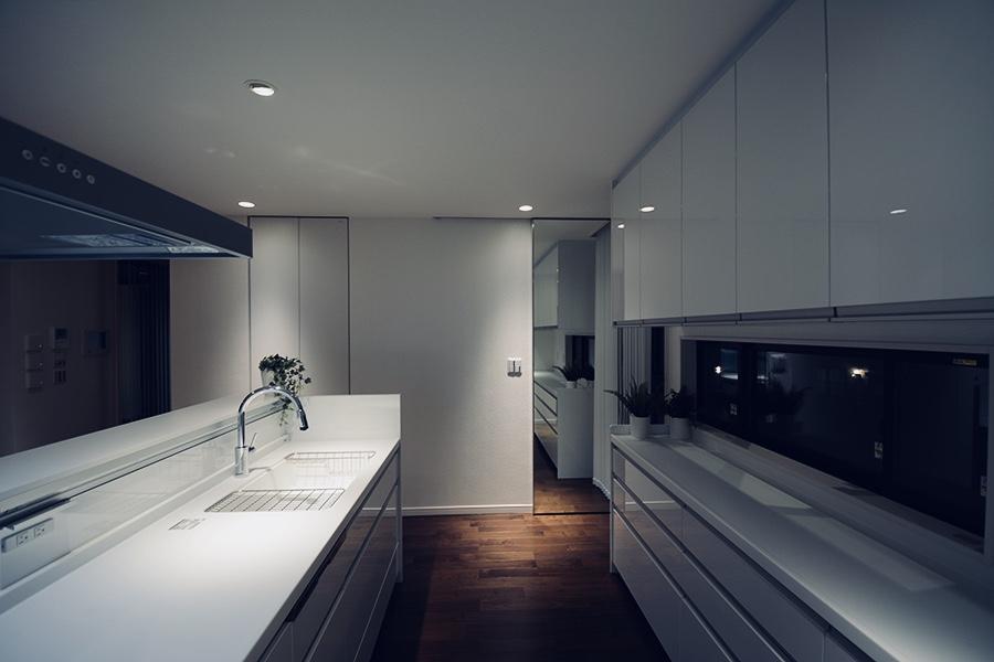 M様邸 キッチン-2