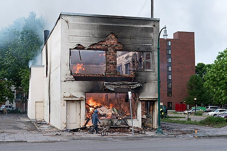 Burning-Building-During-the-Day-Lorie-Sh