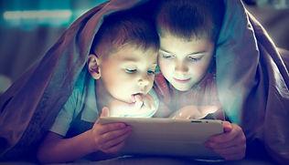 Kids-and-Technology-fb-1200x686.jpg