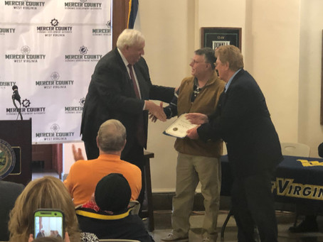 Governor Justice Announces $155,000 Grant for Broadband in Mercer County