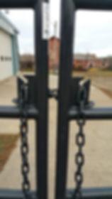 chain latch.jpg