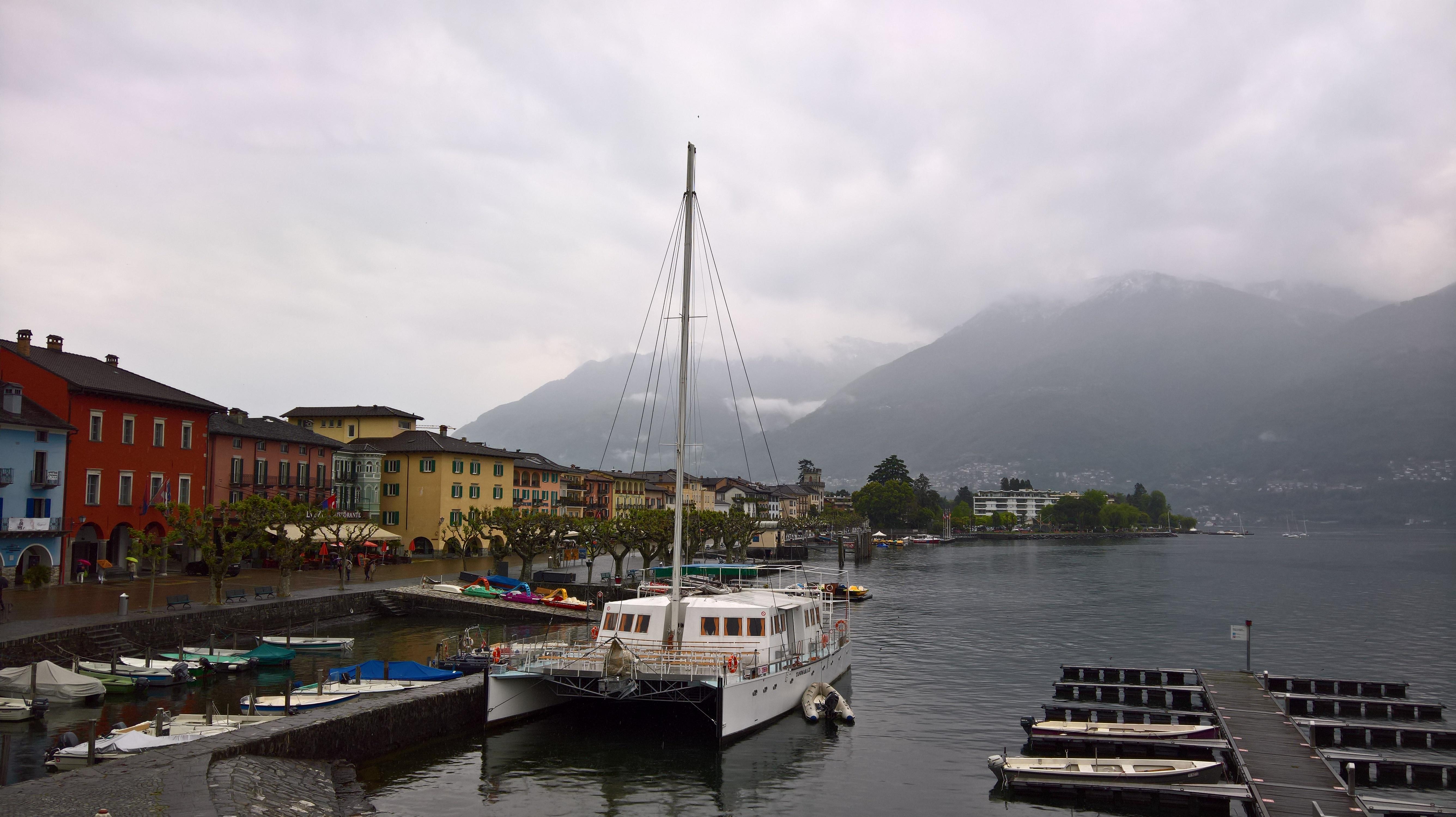 Ascona con pioggia