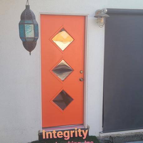 Retro diamond exterior door