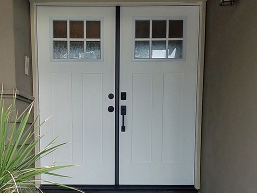 Pros and Cons of Fiberglass Doors