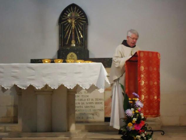 Picasa - Santa Missa na Igreja do Pater