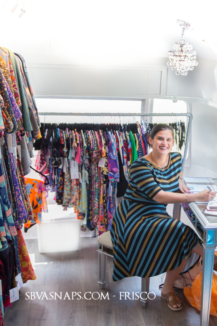 Getting Photos of Your Business - LuLaRoe Airstream Mobile Boutique