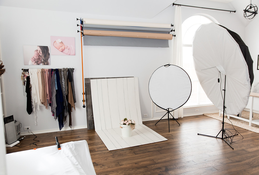newborn studio pullback