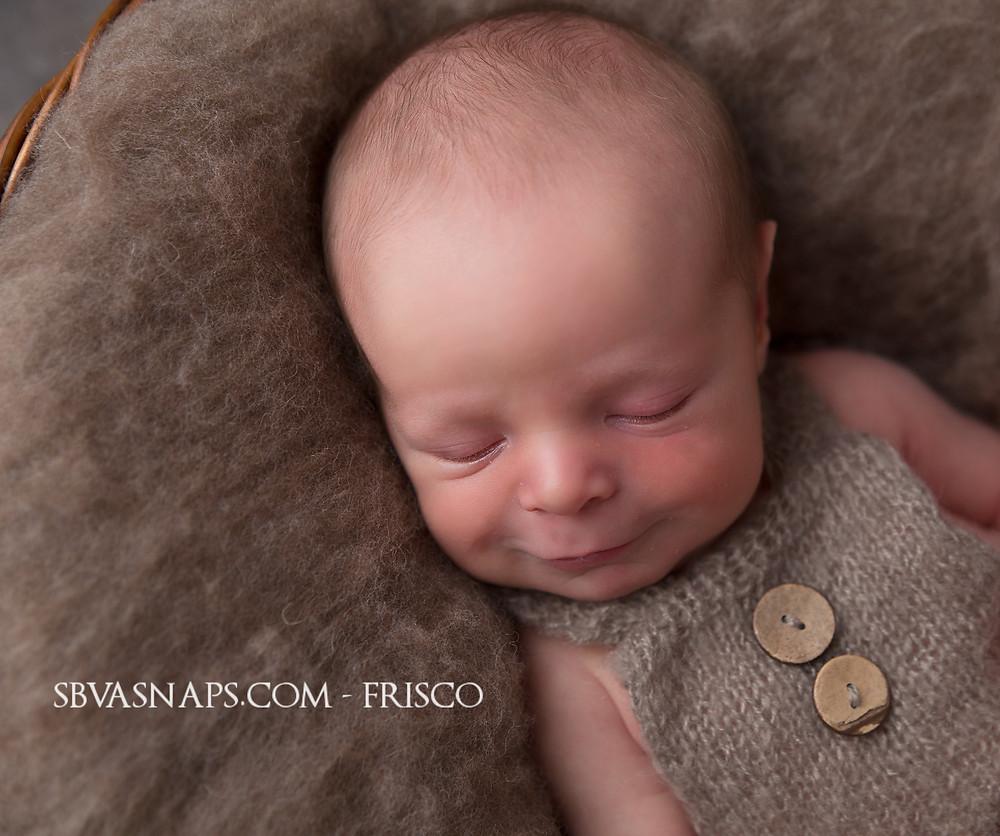 baby smile | Frisco newborn photographer SBVA Snaps