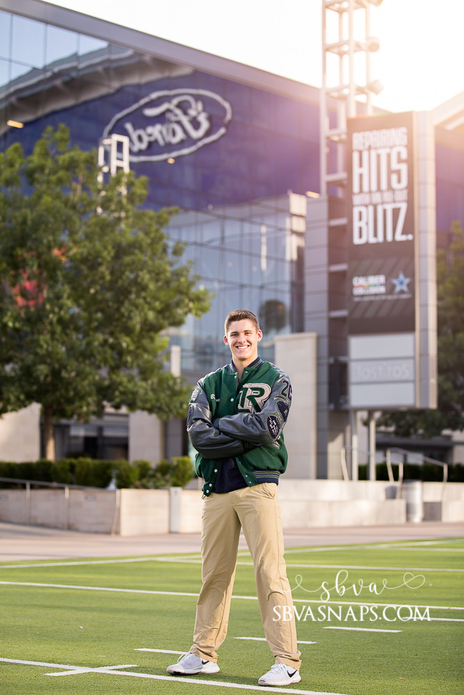 Senior photo at the Frisco Star