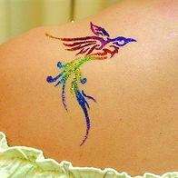 tatouage-paillettes-oiseau-couleurs.jpg