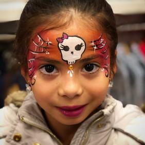 Maquilleuse halloween enfant