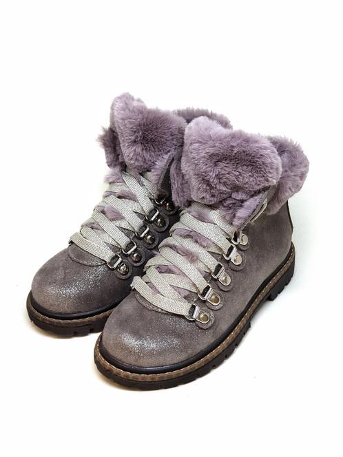 """50e005a4ca Milujete zimu rovnako ako aj my  S modelom """"Otorwald Silver"""" sa sneh"""