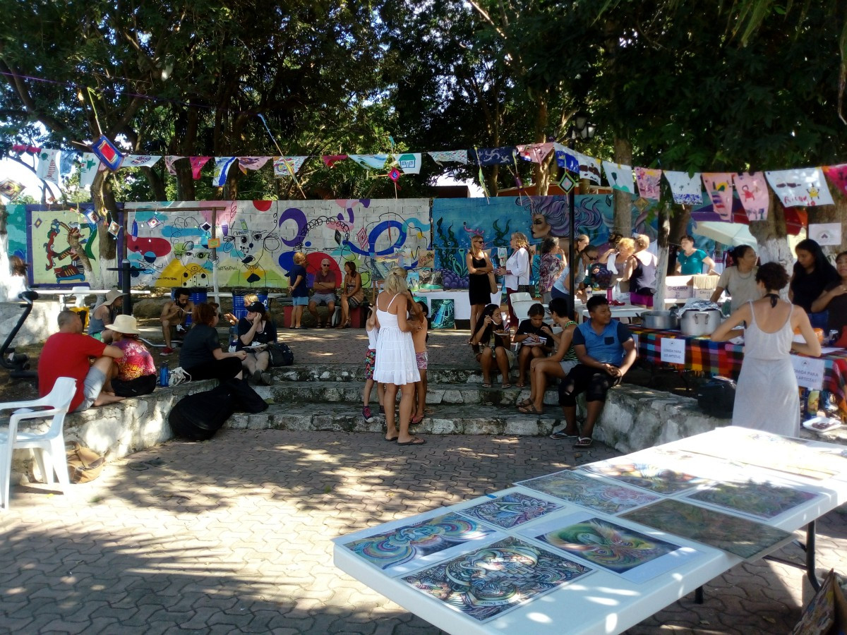 Park w Vendors, Art, Flags