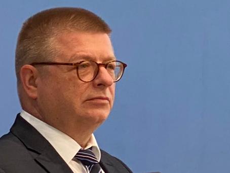 Jochen Lober: VERFASSUNGSWIDRIGER VERFASSUNGSSCHUTZ