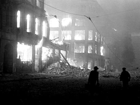 Parviz Amoghli: DER HALBE UNTERGANG — Die ausgeblendete Oberwelt Berlin 1945