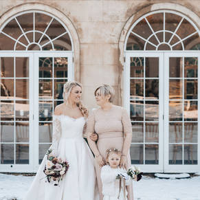 Northbrook Park wedding in the snow - James Fear