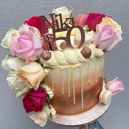 Sugar Sparrow Cake