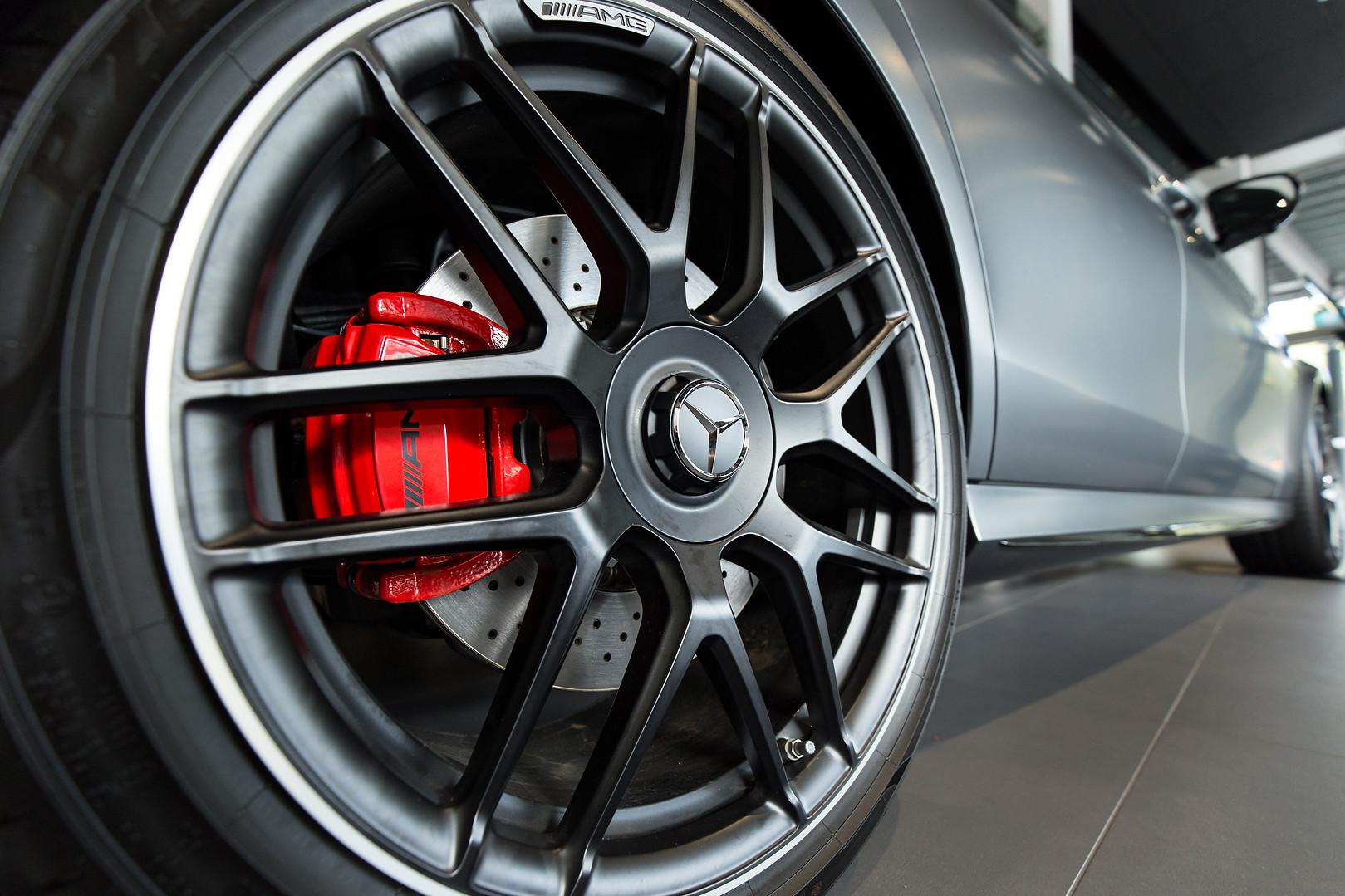 Mercedes Assets 102.jpg