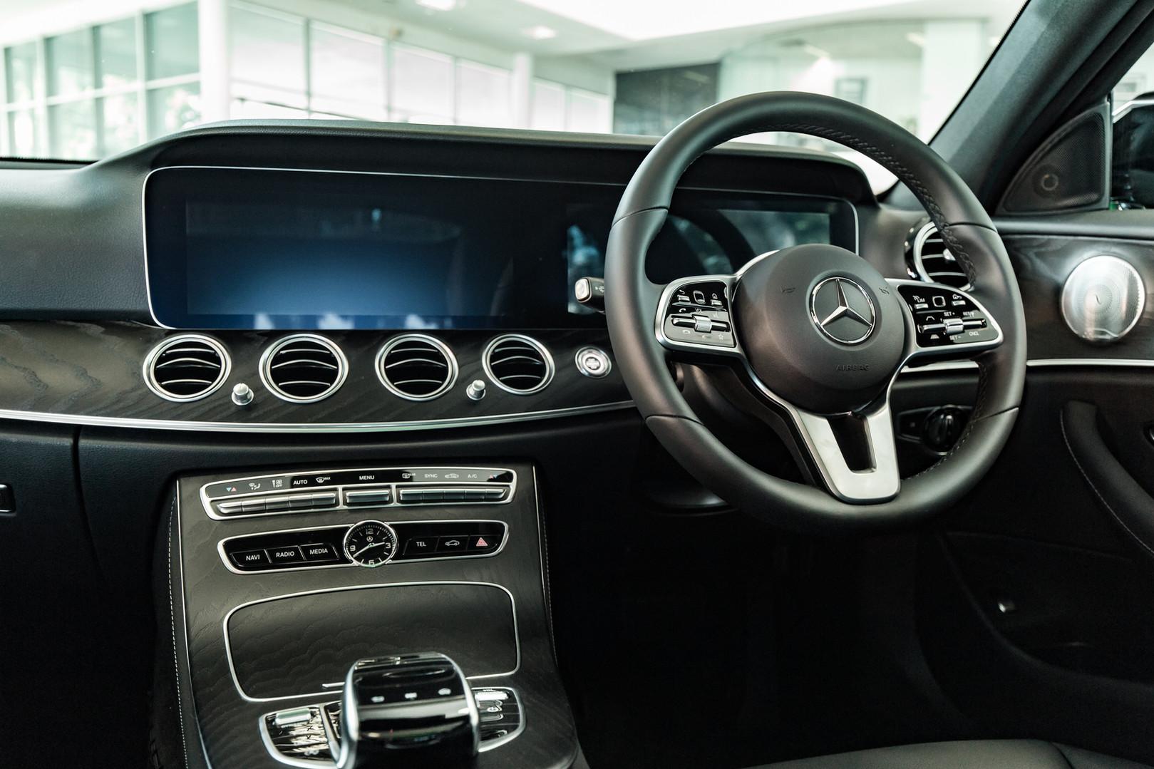 Mercedes Assets 063.jpg