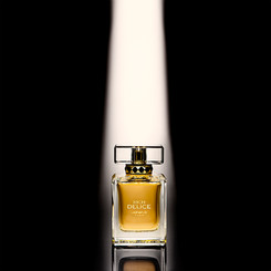 photography-product-perfume-packaging