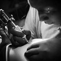 タトゥーアジト刺青師 三日月