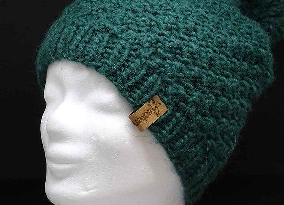 Klassische Mütze mit Bommel