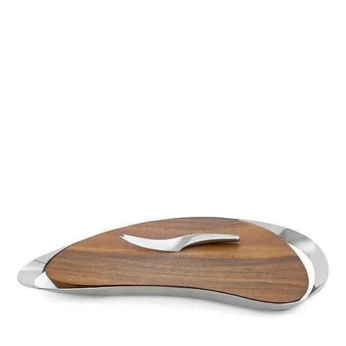 Tabla de madera para quesos con agarraderas de metal