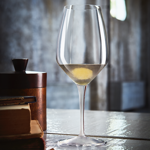 Copa italiana para vino blanco