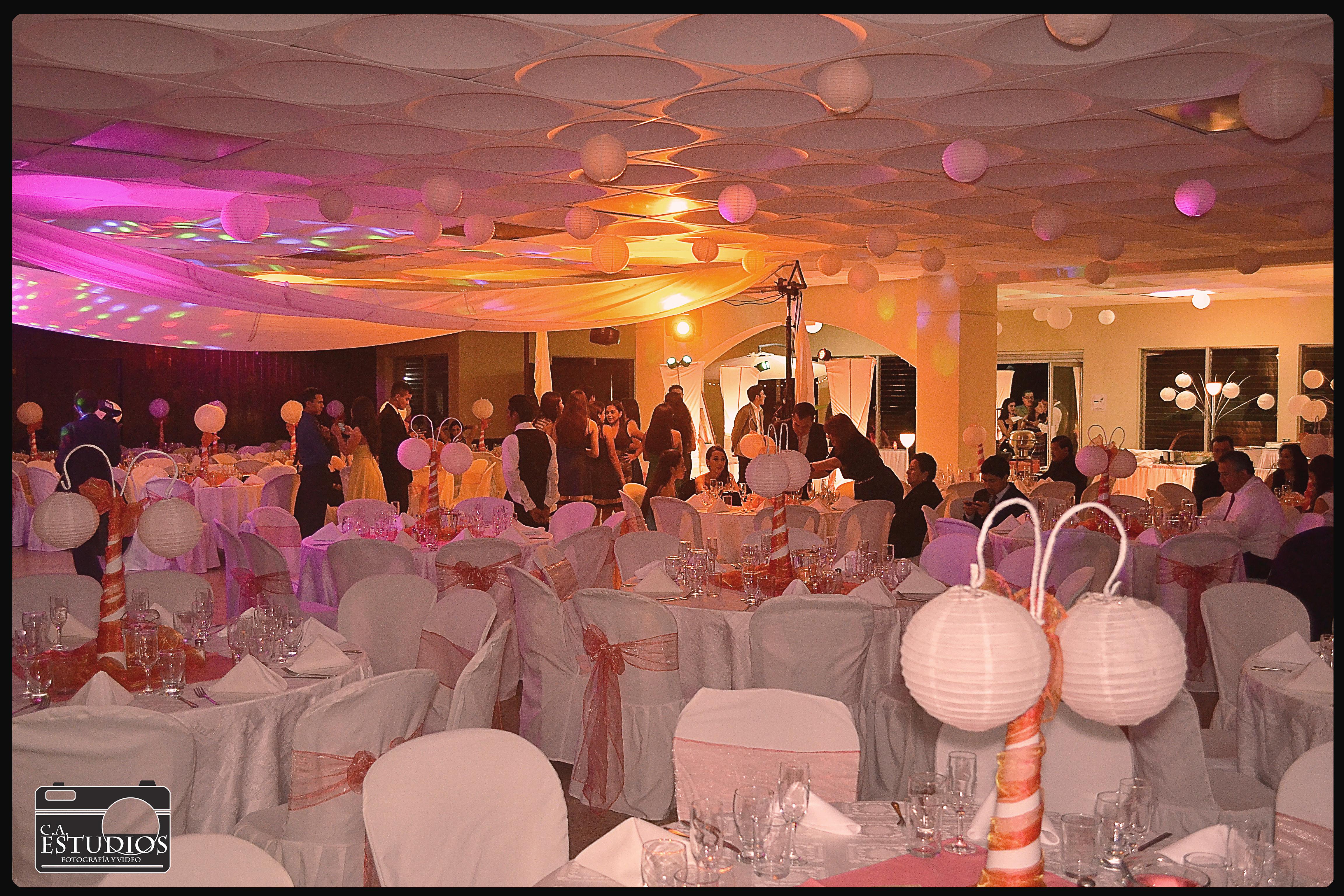 Corporación_Arreola_salones_banquetes_discoteca_Guatemala59