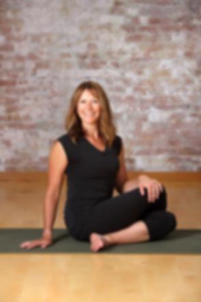 About Traci Yoga Teacher RYT500