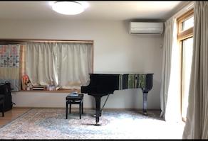 三田教室にグランドピアノが入りました!!!
