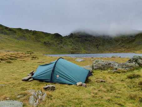 Wild Camp Red Tarn morning crossing Striding Edge (10/10/2020)