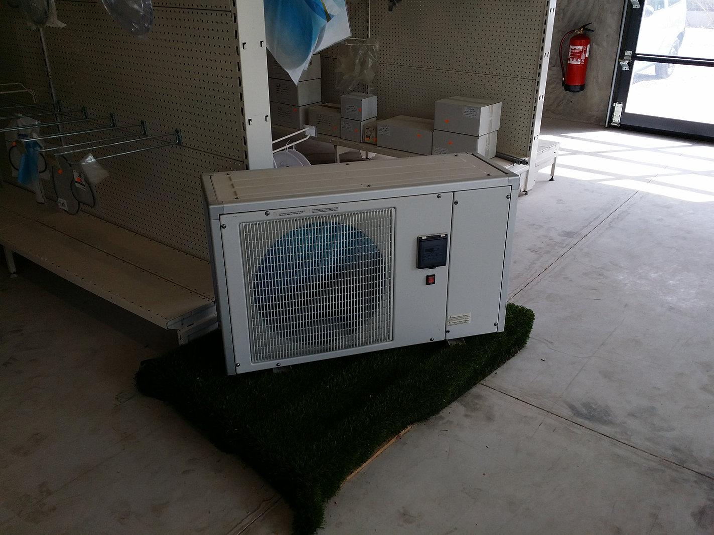 reparation volet roulant piscine. Black Bedroom Furniture Sets. Home Design Ideas