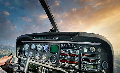 cockpit-5155537.jpg