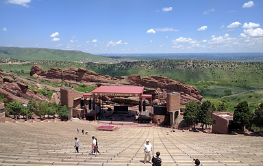 Red Rocks.png