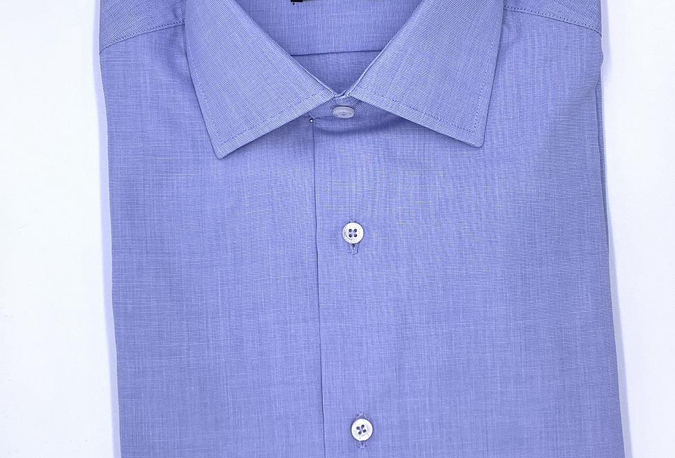 Camisa de vestir azul con raya blanca fina