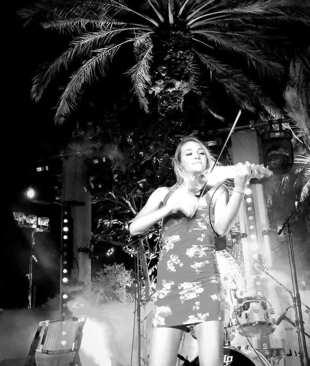 Sally Potterton electric violinist