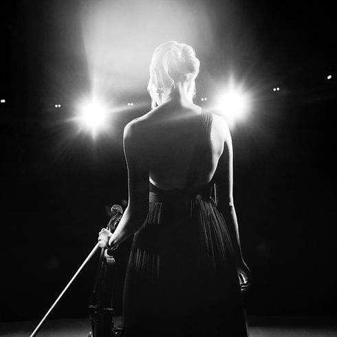 Violinist Sally Potterton - Nyetimber Advert