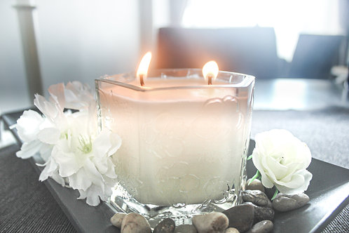 Roku Candle (Oriental Floral)