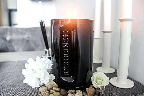 Hendricks Candle (Forest Blossom)