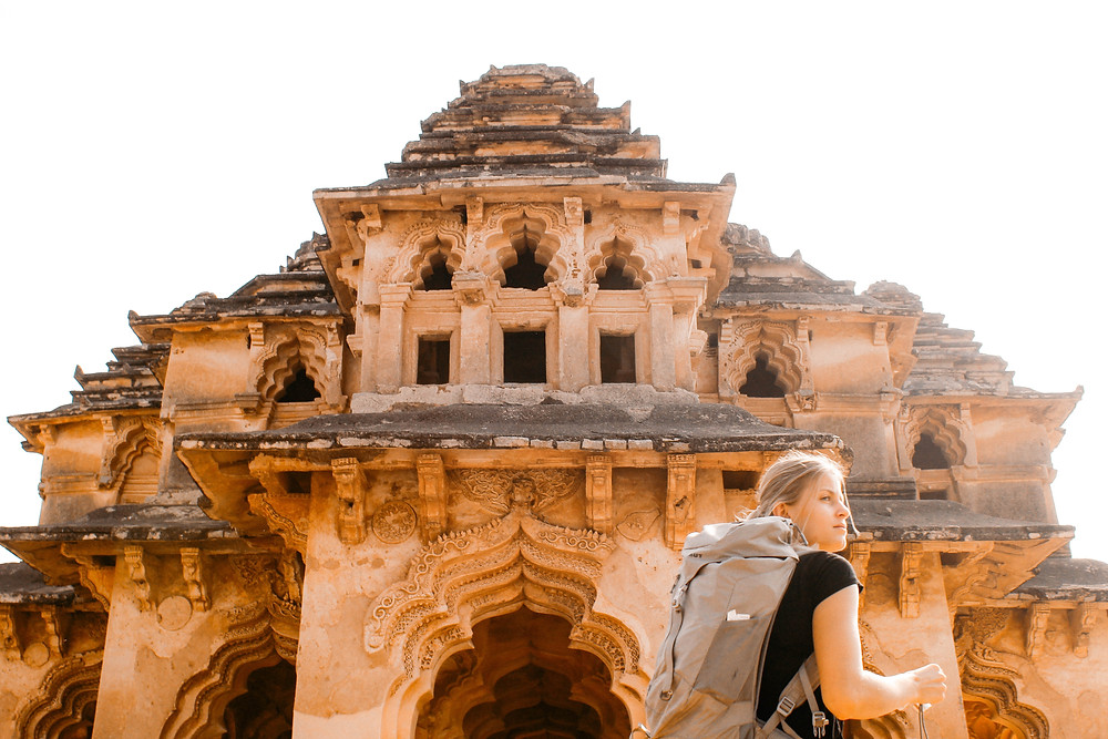 Women Backpackers in India | Safety tips for solo female travelers in India