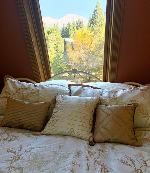 Twin Peaks Room