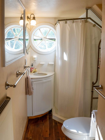 Magic Mountain Bathroom