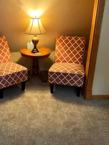 Twin Peaks cozy sitting area