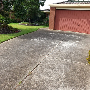 Exposed Aggregate Concrete Driveway Before Clean