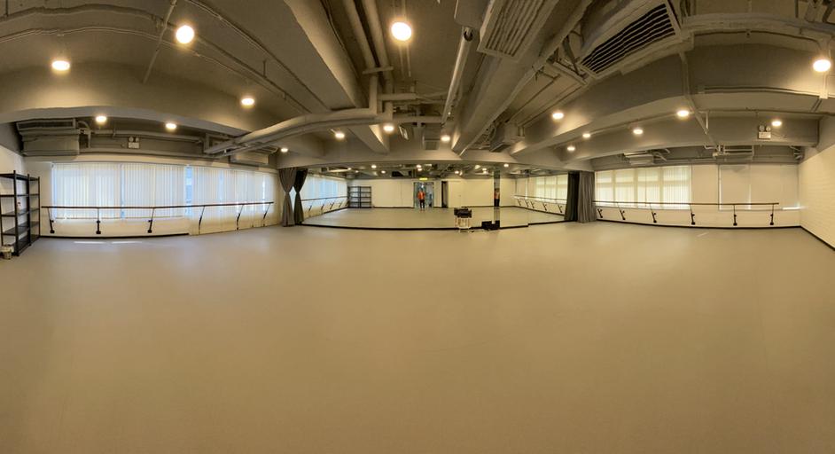 Studio 3.HEIC