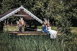 The lakeside wedding venue at Crown Hall Farm